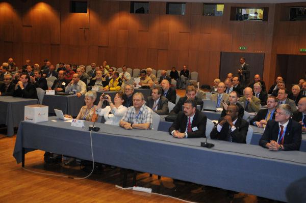 Hans Blondeel Timmerman (PB2T) met de Nederlandse delegatie