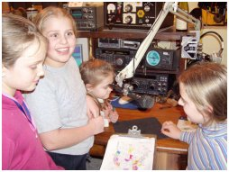 Jeugd en jongeren; Lol hebben en nog veel leren over radiotechniek ook!