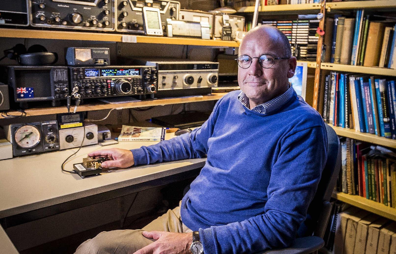 Ons land telt in dit digitale tijdperk toch nog zo'n 14.000 beoefenaars van de 'radiosport'