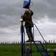 hoorn-antenne op de meetbank bij Lichtmis