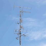 mast met heel veel antennes