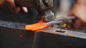 Hot Iron laat Amerikanen blozen