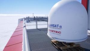 QO100 antenne in Antarctica