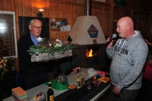 Piet Sterrenburg PE0ALM ontvangt VERON Gouden Speld