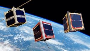 Goede manieren op FM-satellieten